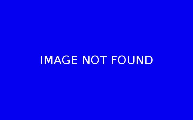 18ct White Gold Blue Topaz & Diamond Halo Style Pendant